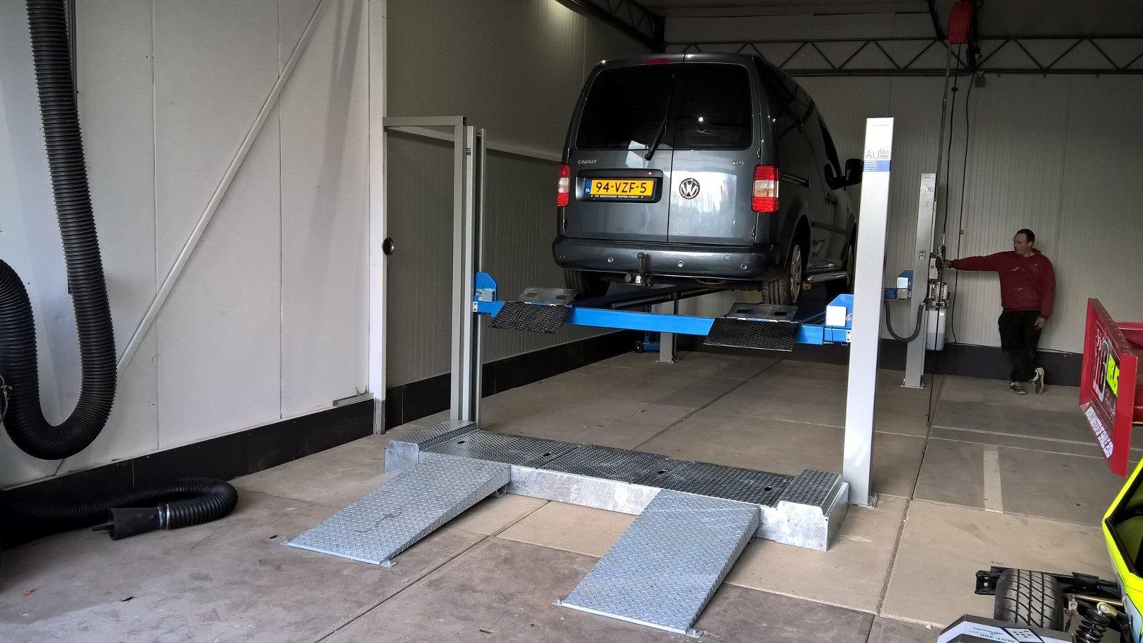 Auto Garage Rotterdam : Apk banden reparatie en onderhoud garage bauer auto s